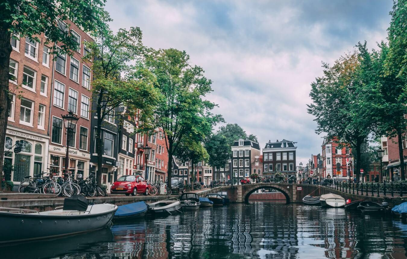 internship in amsterdam