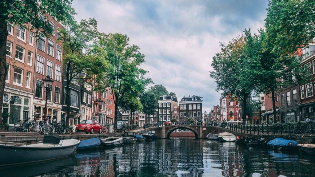 internship abroad Amsterdam